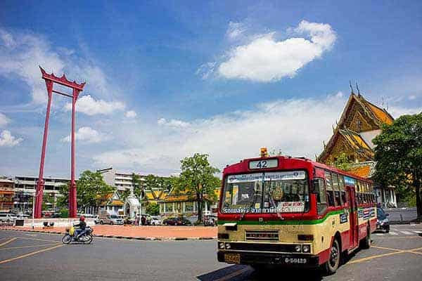 Local bus tours in Bangkok