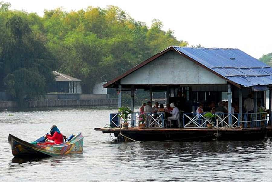 Bridge over the river Kwai private tour from Bangkok