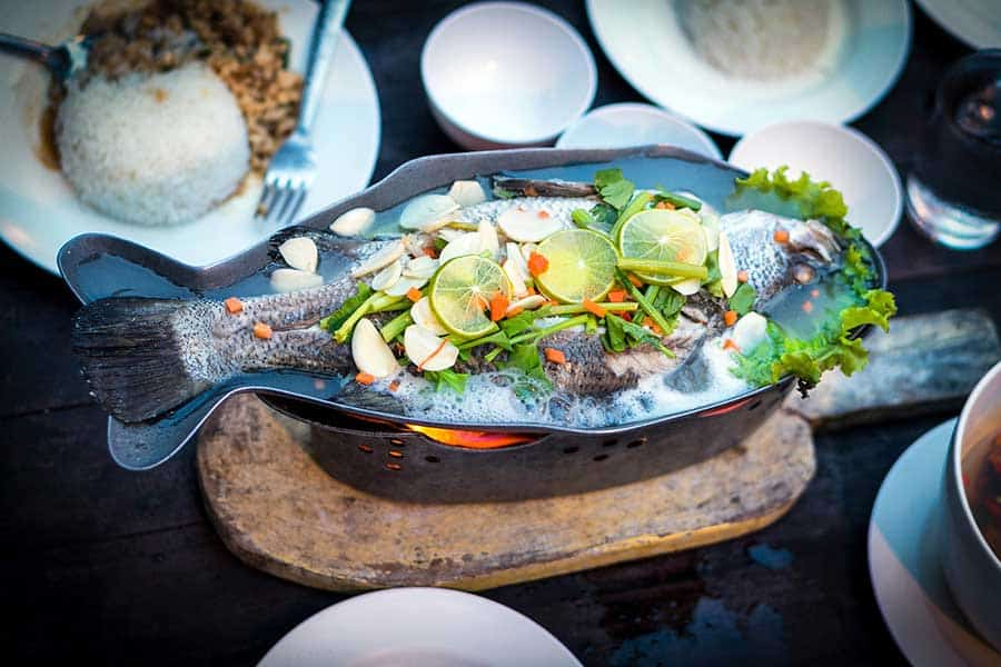 Thai food tour with private Thai guide