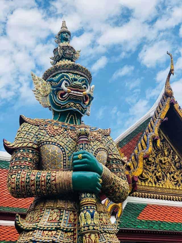 Ayutthaya shore excursion visit to Bangkok